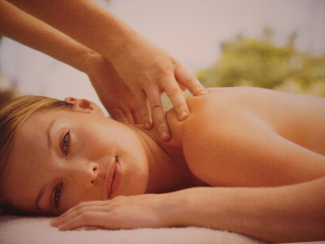 formation massage erotique Mantes-la-Jolie