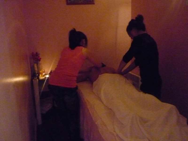 massage dos sensuel Seine-Saint-Denis
